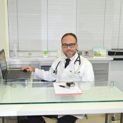 Dr. Regis Mariano de Andrade
